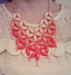 Love this pink ombre beaded necklace