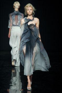 Yiqing Yin Fall/winter 2012-2013 Fashion Show