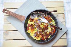 Spatzle – lane kluseczki z chorizo Spatzle, Chorizo, Paella, Mozzarella, Ethnic Recipes, Impreza, Food, Mascarpone, Essen