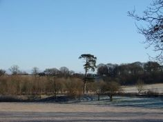 Heart of England Way in the Cotswolds: A frosty morning near Longborough