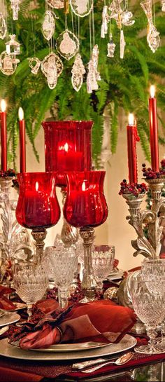 Christmas Tablescape Centerpiece www.tablescapesbydesign.com https://www.facebook.com/pages/Tablescapes-By-Design/129811416695