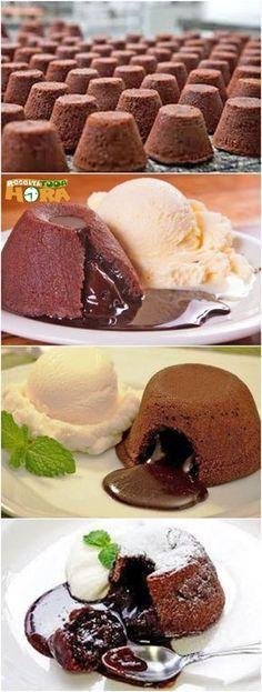 Receita de Petit Gateau – Petit Gateau Fácil e Delicioso Sweet Recipes, Cake Recipes, Dessert Recipes, Cupcake Cakes, Cupcakes, Lava Cakes, Sweet Treats, Bakery, Food And Drink