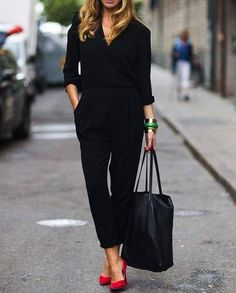 {STYLE INSPIRATION} This is the perfect Friday work outfit, then off to drinks after work!! All black with a gorgeous red heel!! xx