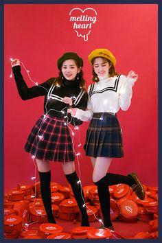 배색 디테일로 소녀스러움이 묻어나 스쿨룩 트윈룩으로 손색없는 니트♡                                                                                                                                 PRODUCT INFO  퐁실퐁실한 Clueless Fashion, Boy Fashion, Korean Fashion, Outfits Otoño, Fashion Outfits, Korean Outfits Cute, Art Style Challenge, Cold Weather Fashion, Girls Uniforms