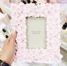 ♡light pink floral picture frame