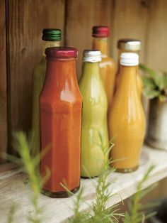 Recipe Share: Jamie Oliver& Homemade Tomato Ketchup in celebration of Food Revolution Day Vegetable Recipes, Vegetarian Recipes, Cooking Recipes, Smoker Recipes, Rib Recipes, Easy Recipes, Homemade Tomato Ketchup, Sauce Dips, Steak And Chips