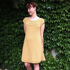 DROPS Design / Garnstudio (@dropsdesign) • Instagram photos and videos Débardeurs Au Crochet, Crochet Diagram, Crochet Cape, Crochet Geek, Freeform Crochet, Crochet Crafts, Free Crochet, Easy Knitting Patterns, Free Knitting