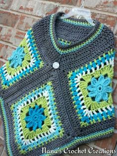 S Crochet Poncho Patterns, Crochet Cardigan, Crochet Scarves, Crochet Shawl, Crochet Clothes, Crochet Stitches, Knit Crochet, Crochet Granny, Crochet Projects