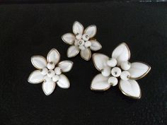 vintage white and gold floral earring and brooch pin by GTDesigns, $25.00