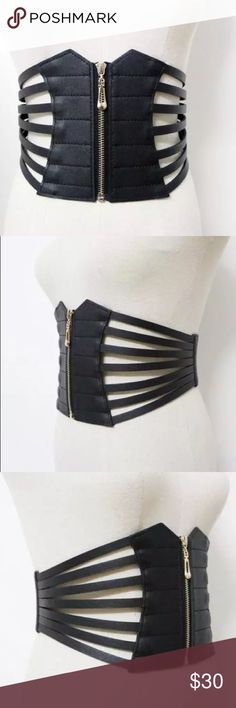 Black wide corset belt in leather Beautiful black wide leather corset belt, elastic piece at back , wide in front less wide at back , great quality Zara Accessories Belts