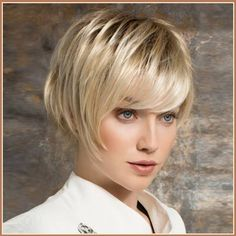 Blonde Short Straight Hair with Long Bangs Just Right for Summer Heat