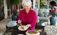 These recipes were created by some wonderful women—all mothers—including Paula, her Aunt Peggy, and her Grandmother Paul. Spring Desserts, Spring Recipes, Blueberry Crunch, Pie Crust Designs, Berry Cobbler, Crunch Cake, Raspberry Recipes, Sweet Recipes, Pie Recipes