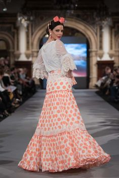 We Love Flamenco 2020 - Sevilla Boho Wedding Dress, Boho Dress, Wedding Dresses, Flamenco Costume, Spanish Dress, Spanish Fashion, Beautiful Dresses, Lace Skirt, Womens Fashion