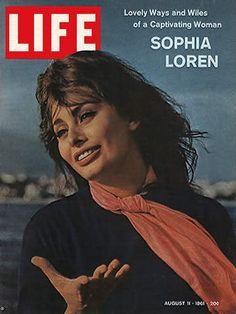 1961 August 11 LIFE Magazine - Sophia Loren - Eisenstaedt