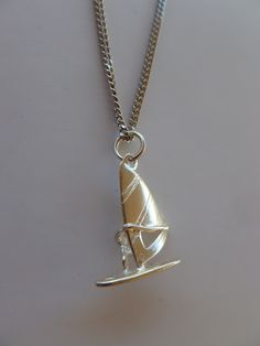 Silver Windsurf necklace order in FBpage Windsurf-Navy Jewelry by Alice