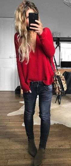ootd / red sweater + bag + black jeans + boots