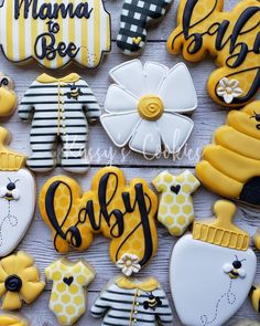 Safari Baby Shower Ideas on Lo, Baby Shower Cookies, Baby Shower Fun, Baby Shower Themes, Baby Shower Parties, Shower Ideas, Bee Cookies, Sugar Cookies, Baby Gender Reveal Party, Gender Reveal Themes