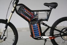 Here's a greyborg frame filled with of Headway cells. Motorbike Design, Bicycle Design, Electric Scooter, Electric Cars, Electric Cycles, Electric Vehicle, Ebike Shop, Eletric Bike, Motor Scooters
