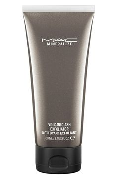 Love the way this M·A·C 'Mineralize' volcanic ash exfoliator leaves the face feeling clean and soft.