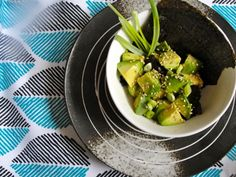Low Sodium NOJO Avocado salad: Salads don't get much easier than this.