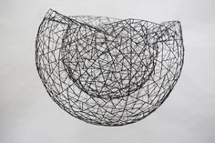 Doppelwandige abstrakte Schale