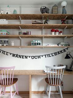 Post: Decoración escandinava con el foco en madera y textiles naturales --> accesorios hogar, algodon hogar, decoración escandinava, diseño nórdico, lino lavado hogar, madera natural, muebles accesorios, muebles madera natural, muebles nórdicos, textiles hogar naturales, home decor, interior design, scandinavian interiors, textiles, wood, home accesories