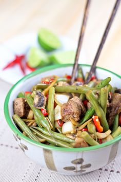 Beef & Green Beans Stirfry by Sonia! The Healthy Foodie: •175g beef from the top round (or similar lean cut)  •Pinch salt & pepper  •100g mushrooms, sliced  •½ red bell pepper, bite size chunks  •1 small onion, sliced  •200g whole green beans, cut into 2-3 pieces  •3 cloves garlic, finely chopped  •2 tsp fresh grated ginger   •1-2 birds eye chilis, finely chopped  •2 tbsp rice vinegar  •The juice of half a lime,  .  http://thehealthyfoodie.com/2013/02/27/beef-and-green-beans-instant-stirfry/