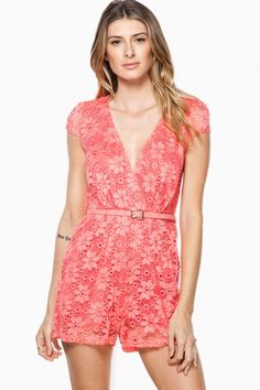 613357ddd821 I Love Lacey Romper in Coral Mode Féminine, Tenue De Barboteuse, Barboteuse  En Dentelle