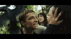(Last) Hunger Games: Catching Fire Trailer! It looks so good! Hunger Games Movies, Hunger Games Fandom, Hunger Games Catching Fire, Hunger Games Trilogy, Katniss And Peeta, Katniss Everdeen, I Volunteer As Tribute, Movie Talk, Josh Hutcherson
