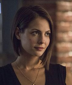 Willa holland side angled bob