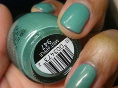 September 2012 : Sinful Colors in the color : Mint Apple # 947