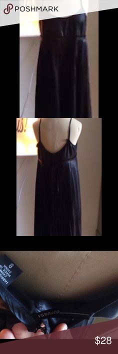 ISDA & Co sleeveless dress, GORGEOUS ISDA & Co black pleated sleeveless dress! Size 8! Dress is fully lined, made of 💯% poly, lined in 💯% acetate! Back of dress has 3 sets of eye/hook! Shows no wear ISDA & CO Dresses Backless