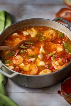 Looking for a new seafood recipe? This bright-red Hungarian Fisherman's soup is prepared with fish, bell peppers, tomatoes and spicy paprika. This famous bright-red Hungarian soup is prepared with fish, bell peppers, tomatoes and spicy paprika. Shrimp Soup, Seafood Stew, Chicken Soup, Spicy Shrimp, Fish And Seafood, Fish Recipes, Mexican Food Recipes, Great Recipes, Recipes With Fish Stock