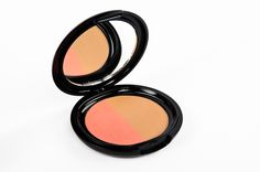 The Bronzer Blush Duo is an amazing two in one! Its perfect for contouring your cheeks