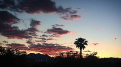 When you finish your day and this is the view from your balcony #summerlinlv #summerlin #redrock #lasvegas #sunset #sky #Nevada #memorialdayweekend #weekend