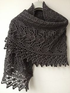 Ravelry: Teasdale pattern by Corrina Ferguson, knitting pattern shawl Knit Or Crochet, Lace Knitting, Crochet Shawl, Crochet Bikini, Knitted Shawls, Crochet Scarves, Crochet Clothes, Lace Shawls, Lace Scarf