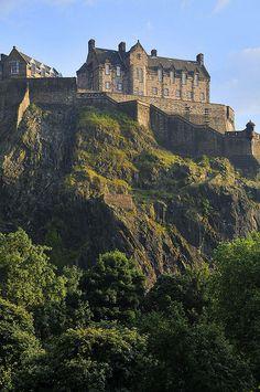 Edinburgh Castle,Edinburgh,Scotland - Uma das jóias da coroa. Um grande acréscimo através do casamento com o Príncipe Phillipe