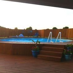 Having swimming pool at your home will be such a great option. Read MoreChoose The Best One for Your Above Ground Pool Size! Above Ground Pool Decks, In Ground Pools, Jacuzzi, Pool Deck Plans, Pool Sizes, My Pool, Dream Pools, Outside Living, Cool Pools