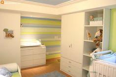 Quarto de bebê verde - Com muita classe essa decoração de quarto de bebê verde, azul e branco demonstra o belo trabalho da Santos e Santos Arquitetura.