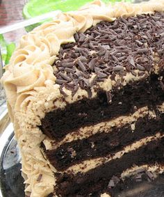 Gourmet Mom on-the-Go: Chocolate Peanut Butter Fudge Cake