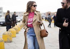 "Mira Duma wears black RayBan sunglasses, a tan peacoat, ""Enjoy. Mira Duma, Tan Peacoat, Beige Trench Coat, Miroslava Duma, Style Vintage, Vintage Fashion, Gucci Fashion, Milan Fashion, Street Style 2016"