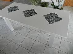 Decorate your #garden #table with leftover #tiles. #diy #gardening #decoration: http://www.1-2-do.com/de/projekt/Gartentisch-mit-Flieseneinlage/bauanleitung/6197/