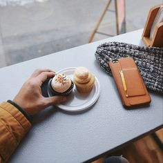 #Mujjo leather iphone case - By @justinliv from #ny - Available at mujjo.com