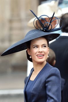 d006b8a9d69 The same for this hat. From another angle looked sophisticated ) Still  looks sophisticated