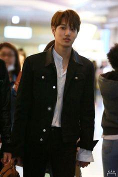 Jongin, the love of my life. Kyungsoo, Kim Jongin, Kaisoo, Chanyeol, Hot Korean Guys, Exo Korean, Korean Men, Jennie, Exo Kai