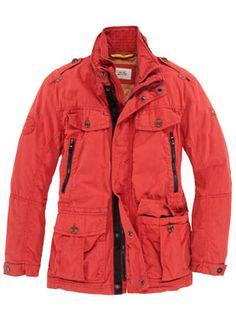 Camel - robustes Gore Tex Fieldjacket, rot, perfekt für das Abenteuer: Das Außenmaterial ist aus einer hochwertigen Baumwolle das einen optimalen Schutz bei jedem Wetter garantiert. Zudem ist diese Freizeitjacke Winddicht und Atmungsaktiv.