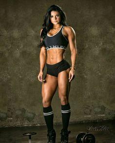 Female Form #StrongIsBeautiful #Motivation #WomenLift2 Cassie Carroll