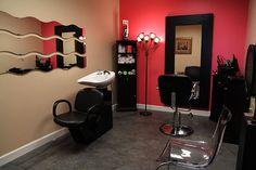 decor for hair salon | Design your own hair salon at Montreal Salon Studios.