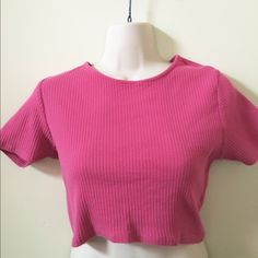 Pink Topshop Crop Top SZ 8 No flaws present Soft and not see-through Made of good-quality, strong, soft cotton 100% Cotton #topshop #croptop #pinkcroptop #shortsleeve #pink Topshop Tops Crop Tops