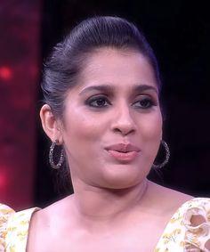 Bollywood Girls, Beauty Full Girl, Anchors, Beautiful Roses, Popular, Face, Fashion, Wine, Moda